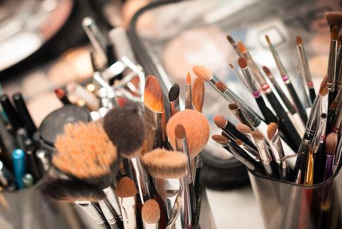 Geld verdienen mit Kosmetik Berlin - Heimarbeit