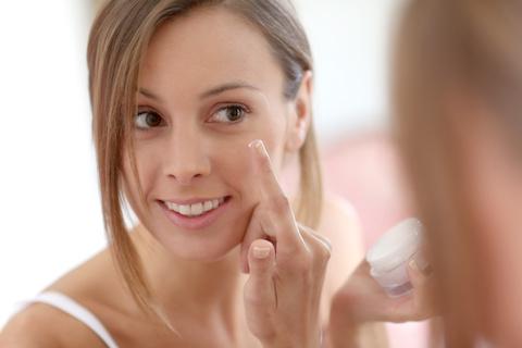 Kosmetik testen und Geld verdienen - Selbstsicherheit